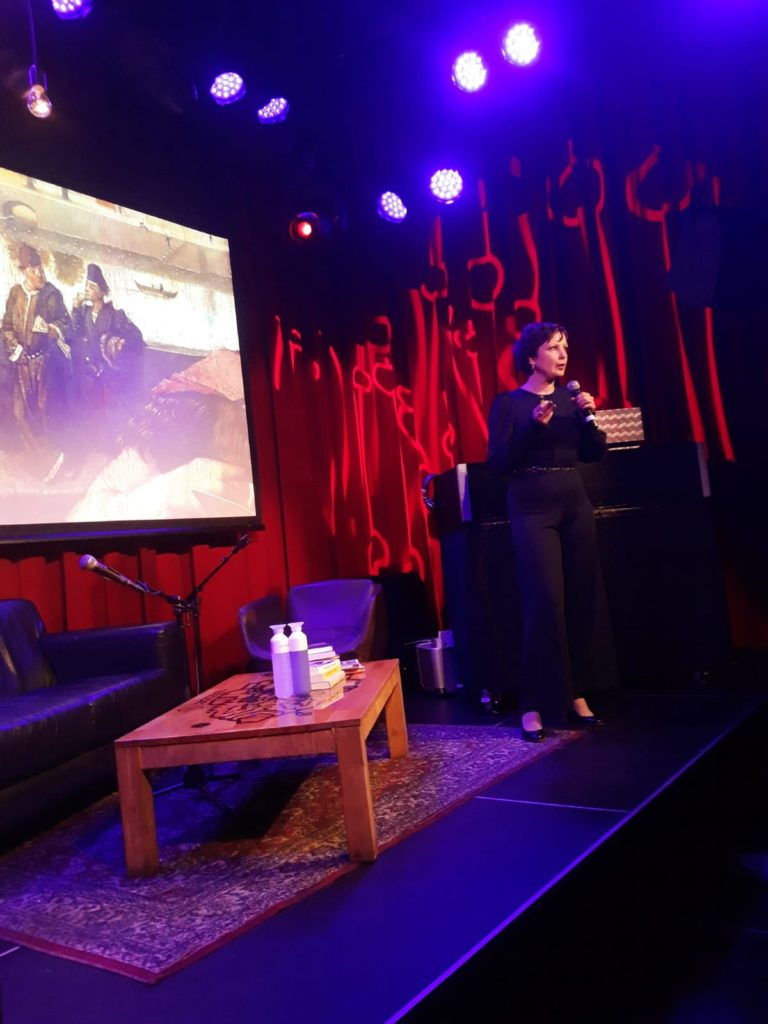 Wieteke van Zeil, Oog voor detail, Volkskrant, Goed kijken begint met negeren, kunst, Lamoer, Haarlem. Talkshow, Patronaat